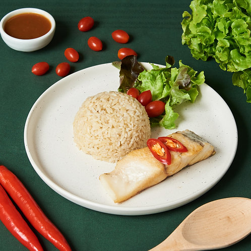 B25ปลากะพงสามรส GRILLED SEABASS TOPPED WITH SWEET, SOUR AND HOT SAUCE