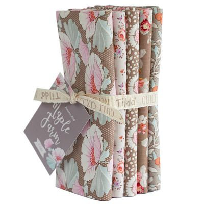Tilda Maple Farm Fat Quarters Umber/Sand