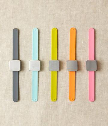 Maker's Keep Magnetic Pin Cushion Bracelet