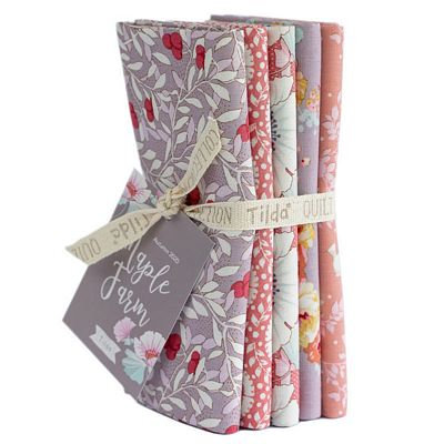 Tilda Maple Farm Fat Quarters Rosehip/Mauve