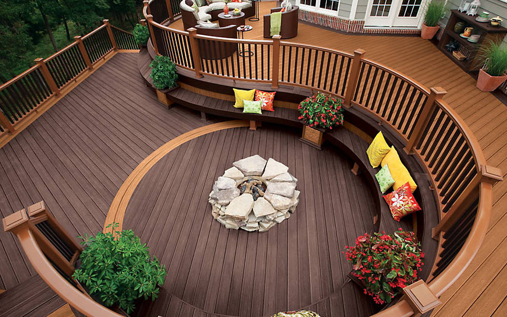 Curved Trex Deck