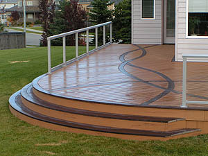 5 Custom Features to Consider When Designing your Deck
