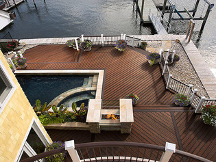 6 Popular Color Options to Make Your Deck a Destination