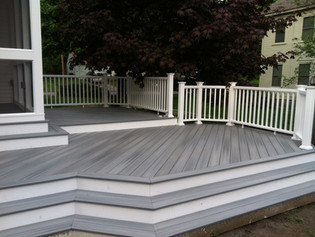 4 Things a Composite Deck WILL and WILL NOT Do!