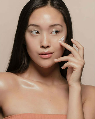 modeloffdutybeauty-model-image-1.jpeg