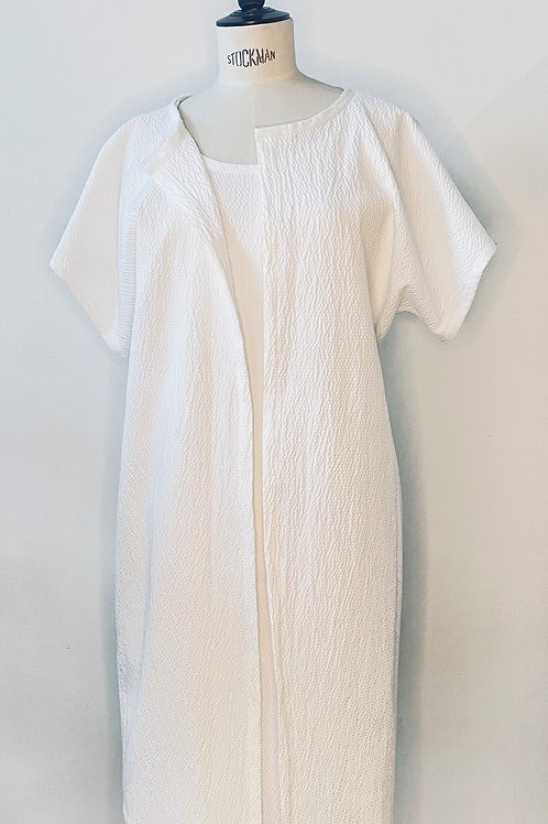 White Unica dress with sleeves
