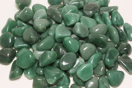Green%20Quartz%20Tumbled_edited.jpg
