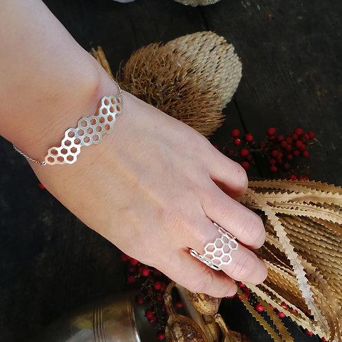 蜂の巣 - bracelet -