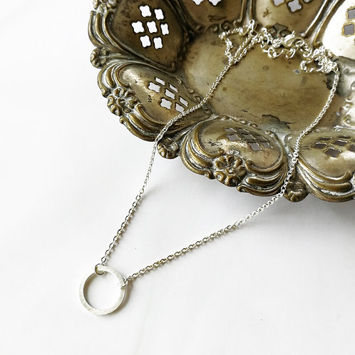 simple circle -silver-
