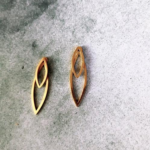 W leaf -gold-