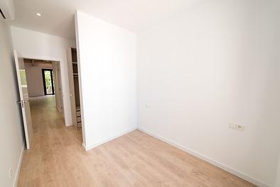 Dormitorio secundario (6).jpg