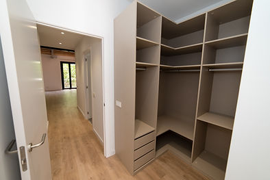 Dormitorio secundario (7).jpg