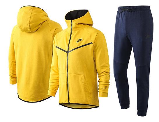 """Tuta NIKE """"SportsWear 2021 - Yellow"""