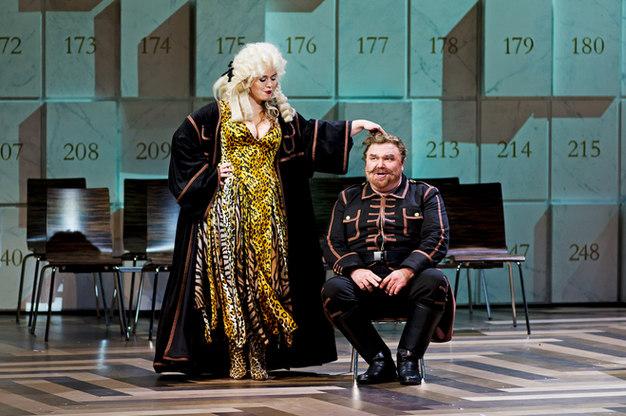 Das Liebesverbot - Magdalena Hinterdobler mit Reinhard Dorn - Oper Leipzig 2013