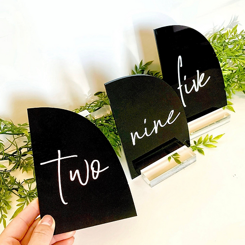 Black Half Arch Table Number