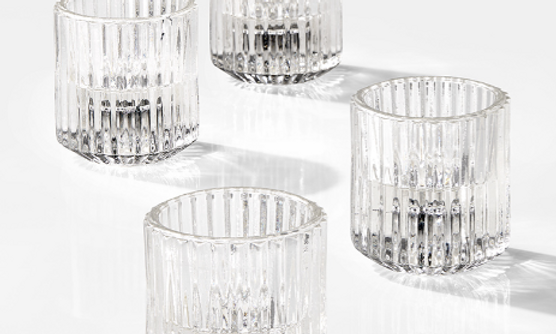Clear pleated tealights