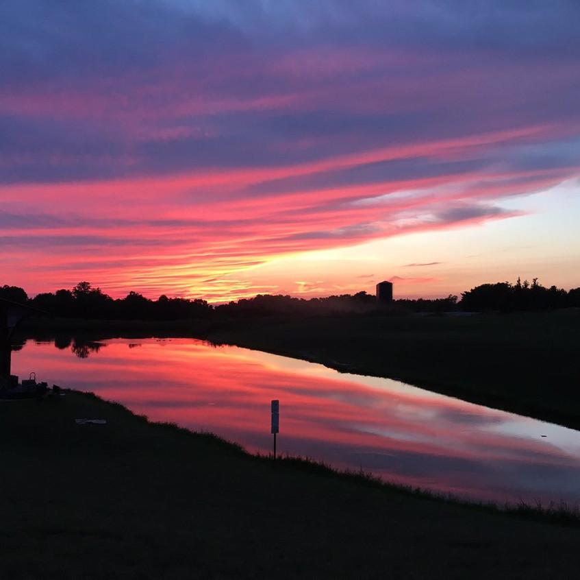 Love the sunsets. #kentucky #nortoncommons #kentuckypride #summersunsets