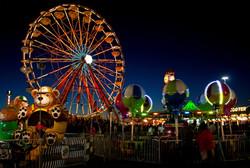 carnival-light_z1WKuUd_(1)