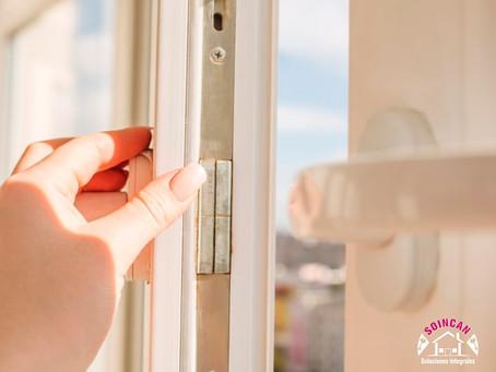 Cómo cambiar un pestillo roto de una ventana