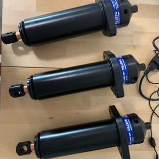 Vemco acoustic release receivers for Angelsharks