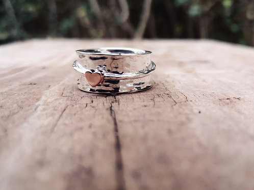 Beautiful Sterling Silver & Copper heart spinning ring