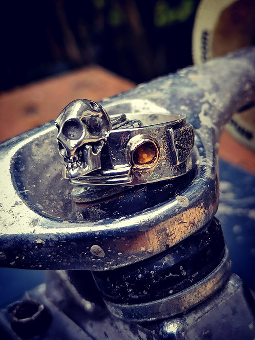 Sterling silver, Gold and Citrine skull ring