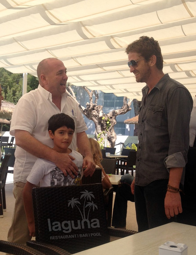 Gerard Butler with Miguel