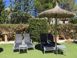 Free sunbeds for our patrons