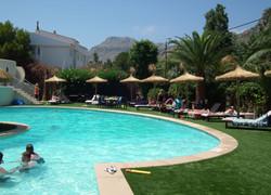 gigantic pool at Laguna