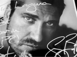 Gerard Butler signed photo for Laguna