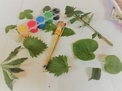 Creatief met afval en natuurlijke materialen: feestslinger