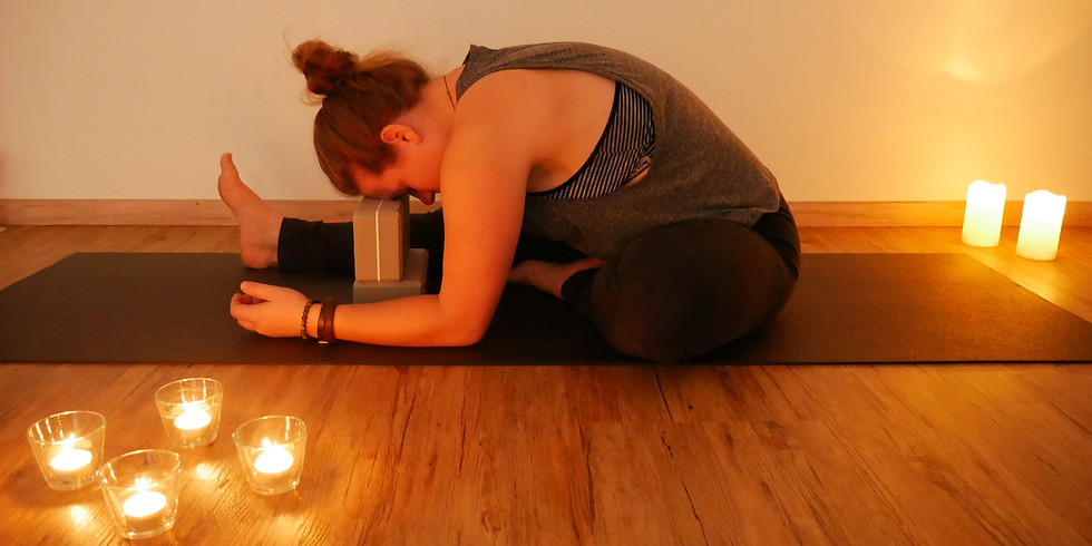Yin Yoga Special bei FLYoga