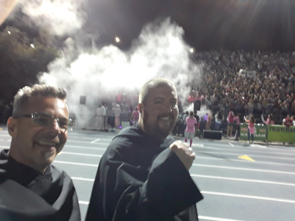 Pumping up the student section