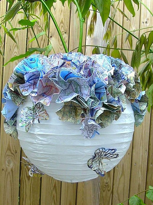 Suspension fleurs & papillons
