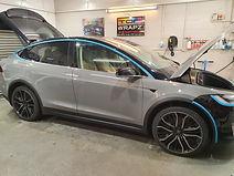 Tesla model x Avery Nardo grey wrap