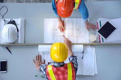 top-view-group-engineering-team-is-meeti