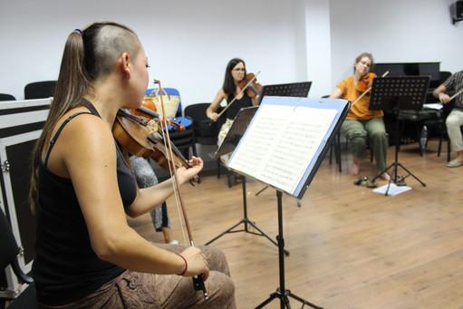 Ensemble Tramuntana assajant