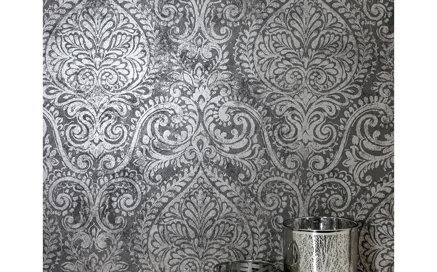 LifeNcolors-damask-pattern-wallpapers-grey-metalic
