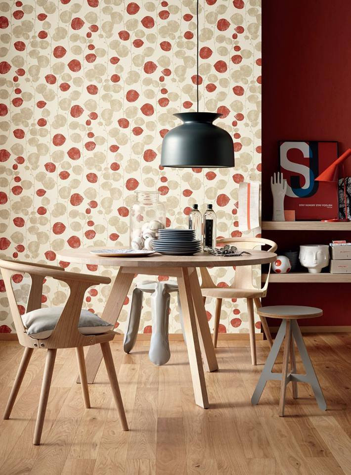 LifeNcolors-best-Floral-wallpaper-small-red-beige