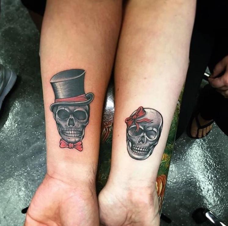 Tatuaje de calavera para pareja en México