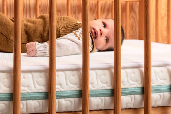 Ecolution baby in bruin bedje WEB.jpg