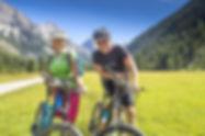 Herbstreisen mit dem Car; Herbst im Engadin; Reisen in der Schweiz; Schweizerreisen; Herbsttage; Veloreise im Tirol; Herbsfahrt mit dem Car; Carfahrt; Ausflug mit dem Reisecar; Busreisen in der Schweiz;