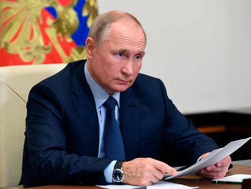 Vladimir Putin ordena empezar vacunación en gran escala contra el covid-19 desde la próxima semana