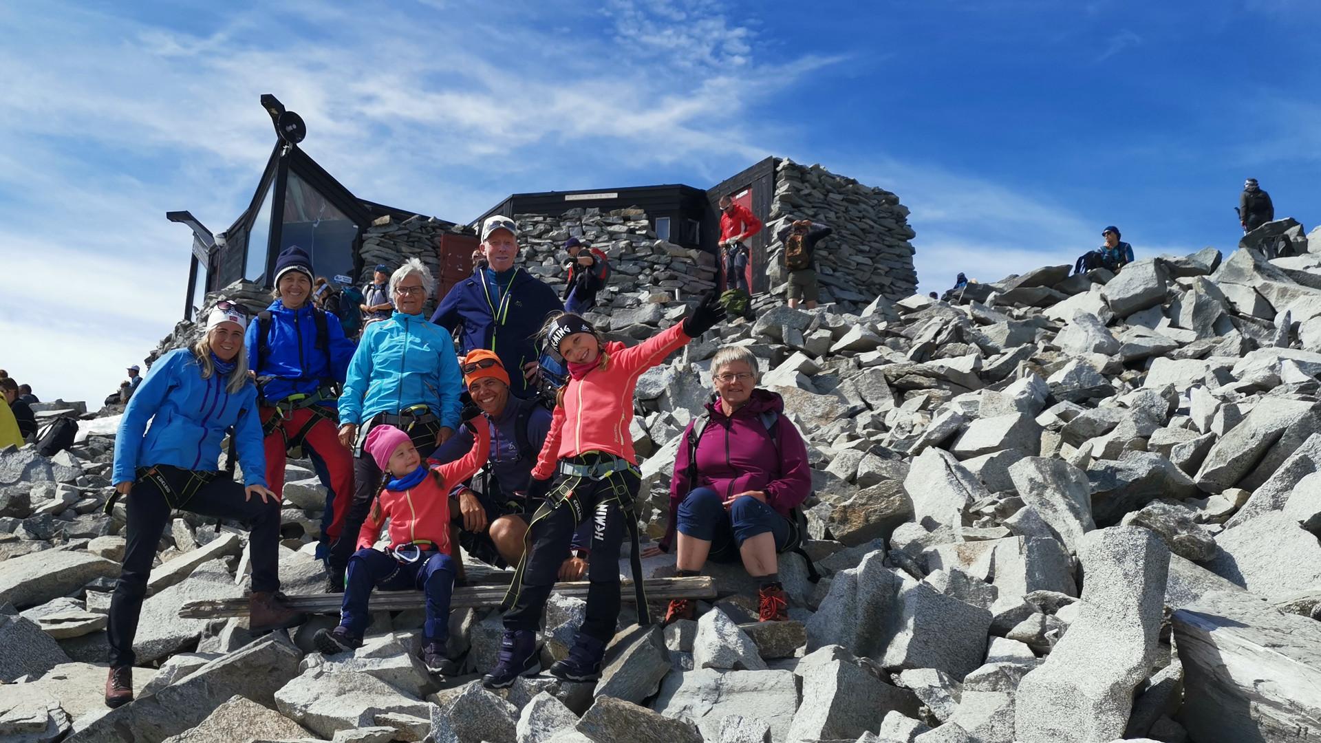Three generations on a familytour to Galdhøpiggen