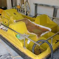 ペリカン製ペダルボート2