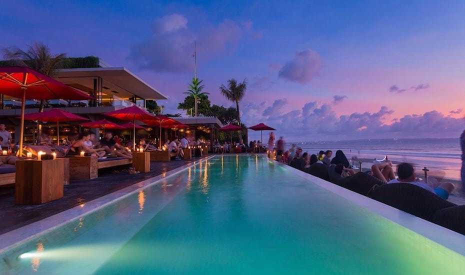 KuDeTa-Bali-Seminyak-infinity-pool.jpeg