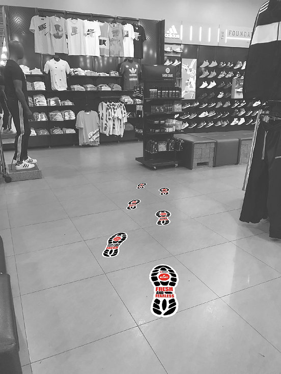 2416_KIWI_SneakerSpecialty_FloorDecal_In