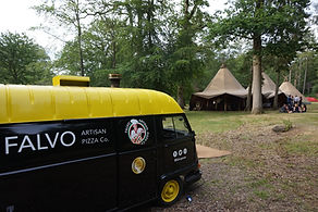 van with teepees at wasing.JPG