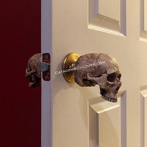 Skull Door Knob (twistable)