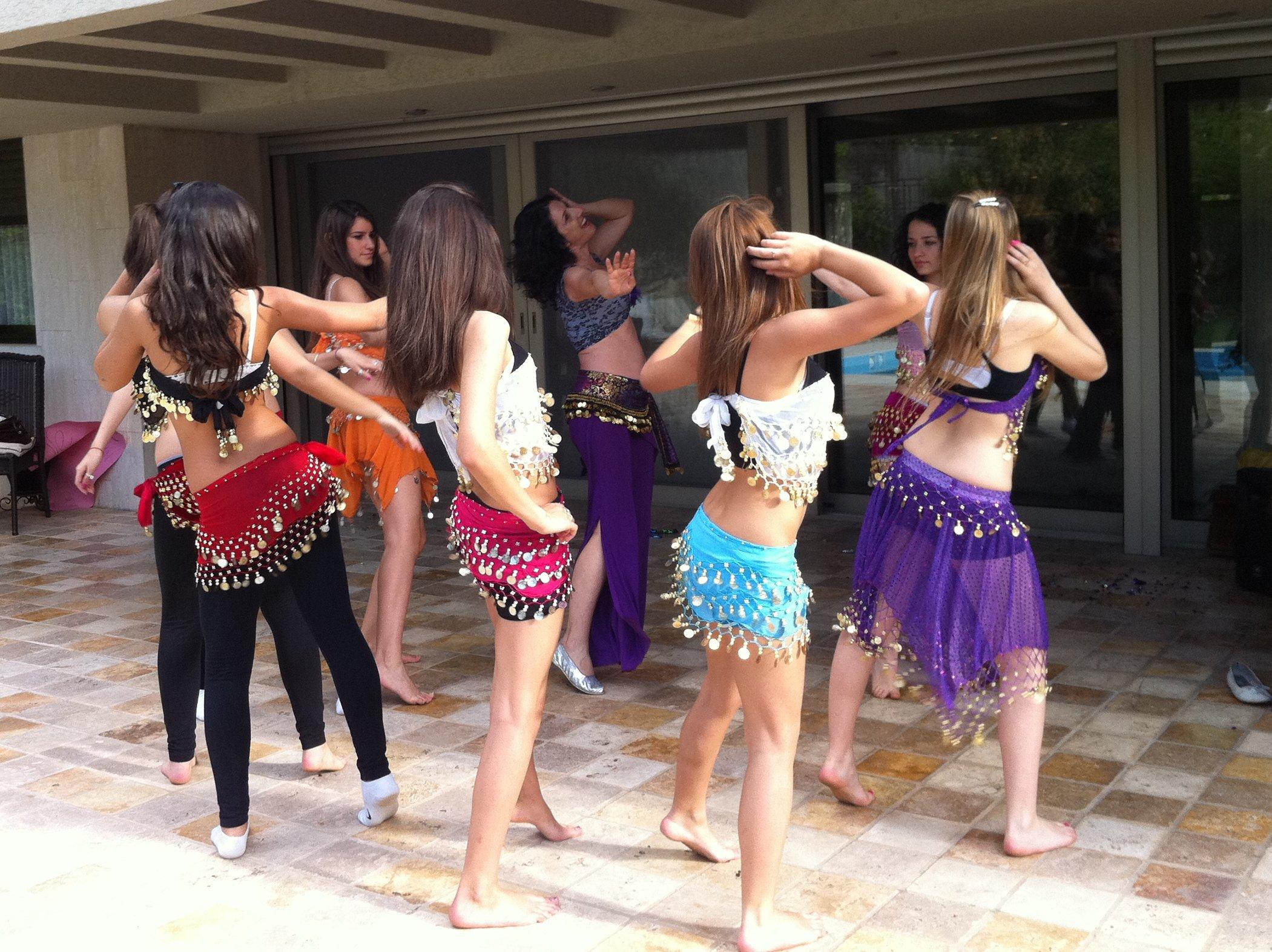 ריקודי בטן לנערות